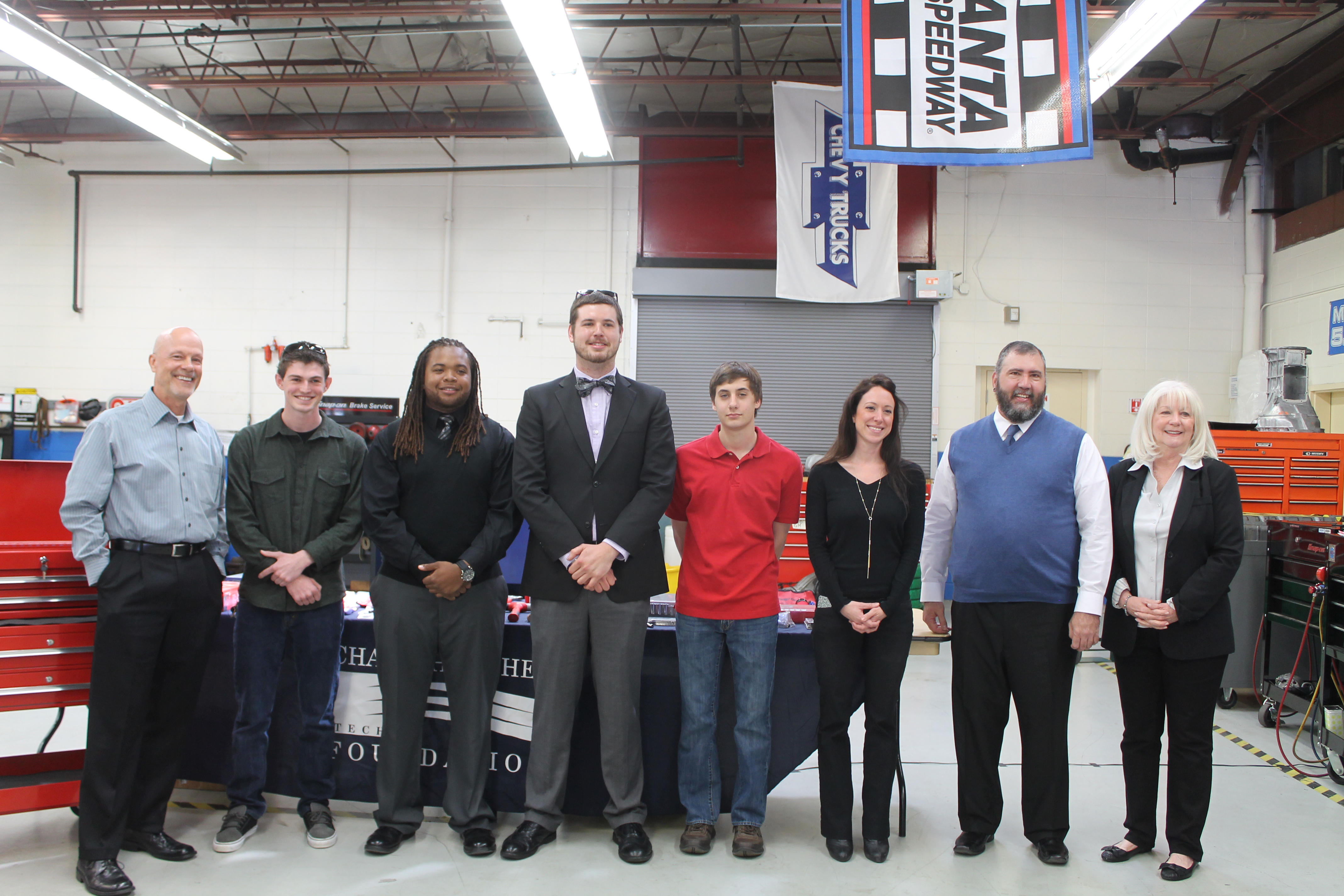 6 CTC students and instructor receiving scholarships