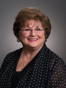 2017 Volunteer of the Year Susan Stephens