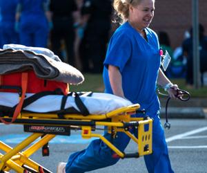 An EMT woman